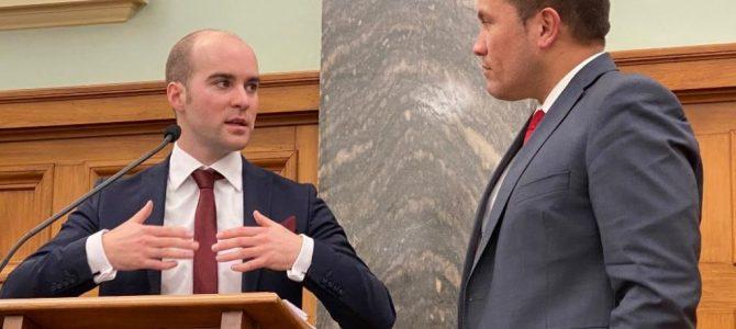 UC Engineering researcher talks 'Hidden Energy' at Parliament
